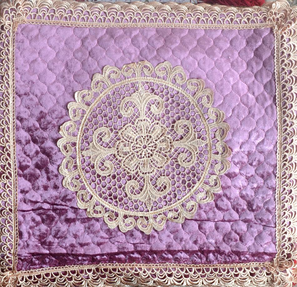 Наволочка  на  подушку  із  велюру (50 х 50)
