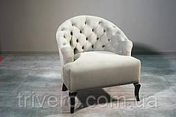 Удобное большое дизайнерское кресло с каретной стяжкой
