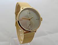 Часы женские - CK Calvin Klein в золотом цвете, светлый циферблат