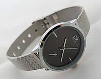 Часы женские - CK Calvin Klein в серебристом цвете, черный циферблат