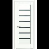 """Межкомнатная дверь ПВХ """"Линнеа"""" с черным стеклом (Белый мат)"""
