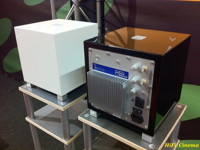 REL T5i White & Black HiFi Cinema