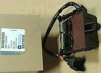 Блок управления вентилятором охлаждения двигателя (термоэлектрическое реле) GM 1337811 6235096 12782028 24418356 OPEL Vectra-C Signum Valeo 1379151