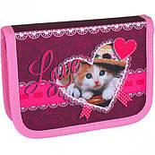 Пенал Leader Кот в шляпе розовый 1 отделение 2 бок. клапана
