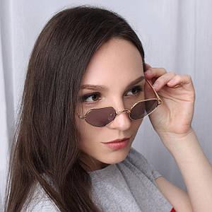 Стильные женские очки в золотой оправе
