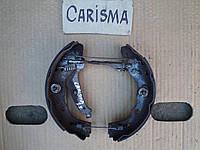 Колодки тормозные задние для Mitsubishi Carisma 1.8GDI 2000
