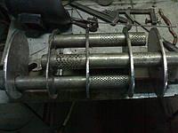 Глушитель, как часть системы выхода отработанных газов.