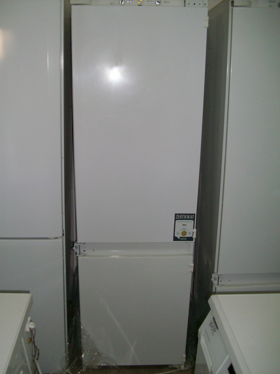 Встраиваемый холодильник Miele KF 9713 iD