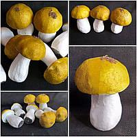 Искусственный пенопластовый белый грибочек, высота 10 см., диам. 6 см., 25/19 (цена за 1 шт. + 6 гр.)