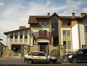 Частный дом в пос. Кировское Днепропетровской области. Металлоконструкции и битумная черепица 16