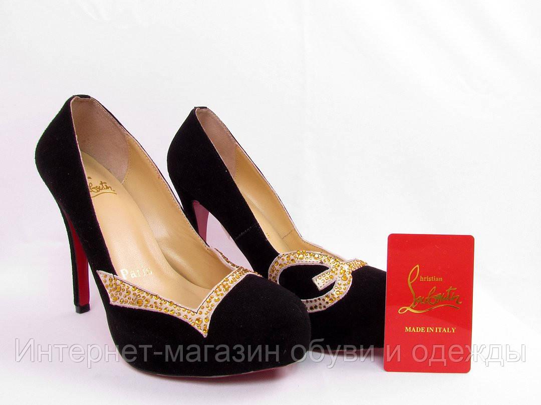 de270bbf5040 Туфли женские Christian Louboutin, женская летняя обувь, туфли замшевые, Кристиан  Лубутен - Интернет