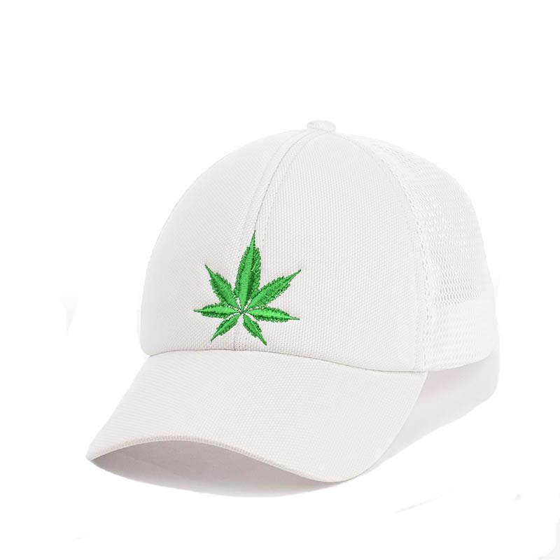 Кепка- бейсболка с сеткой и вышивкой марихуана