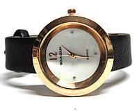 Часы на ремне 700214