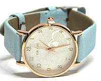 Часы на ремне 700216