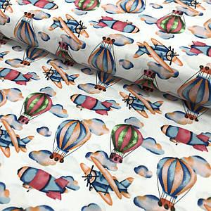 Ткань польская хлопковая, воздушные шары и самолеты разноцветные на белом