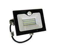 Прожектор світлодіодний з датчиком руху 30Вт, 6500K LMPS36 чорний, фото 1