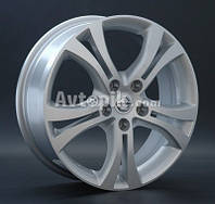 Литые диски Replay Nissan (NS59) R18 W7.5 PCD5x114.3 ET40 DIA66.1 (silver)