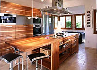 Кухни с шпонироваными фасадами