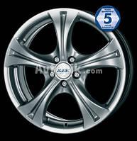 Литые диски Alutec Storm R17 W7 PCD5x110 ET42 DIA65.1 (silver)