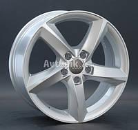 Литые диски Replay Audi (A50) R17 W7.5 PCD5x112 ET28 DIA66.6 (silver)