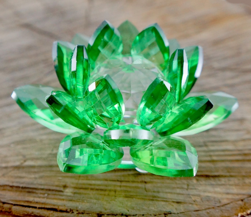 9190052 Лотос цветное стекло Зелёный