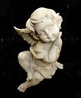 9260301 Ангел сидит на краю
