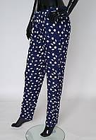 Красивые женские  летние штаны синего цвета из натуральной ткани