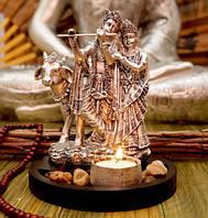 9260036 Радха Кришна + подсвечник в серебряном цвете
