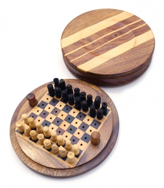 9100042 Шахматы 12,5х12,5х3,5см. Арт.253