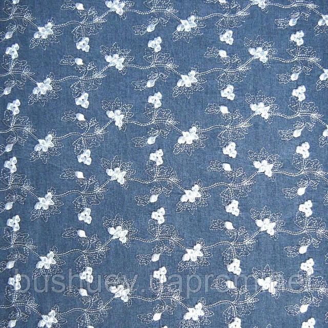 Купить ткань джинс с вышивкой