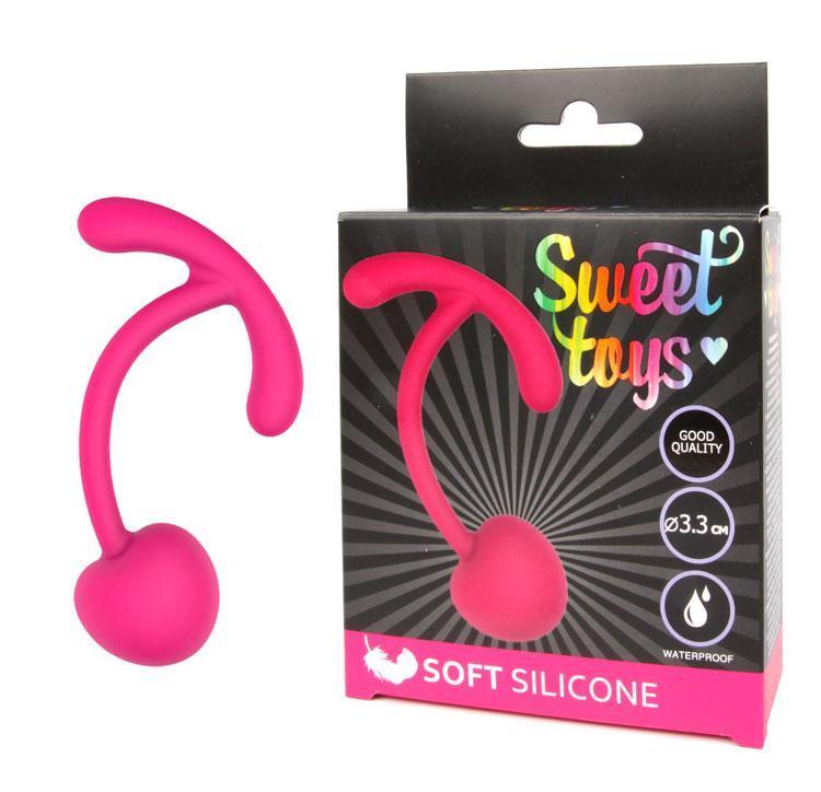 Шарик вагинальный силиконовый для тренировки мышц Кегеля с шнурком-хвостиком  SWEET TOYS D 3,3 см розовый