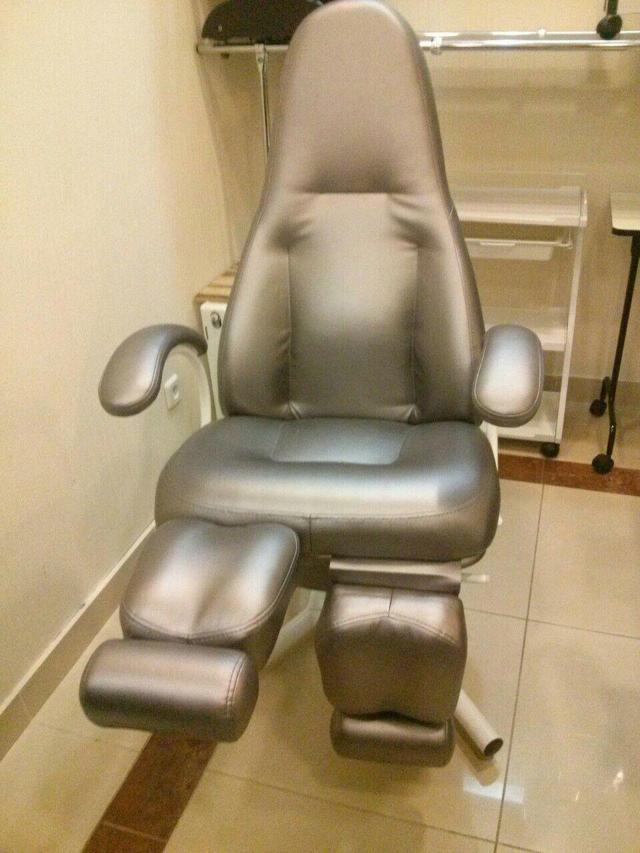 педикюрное кресло с регулировкой