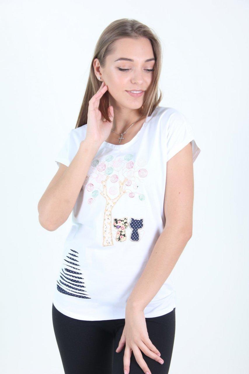 Біла жіноча футболка хорошої якості розмір М