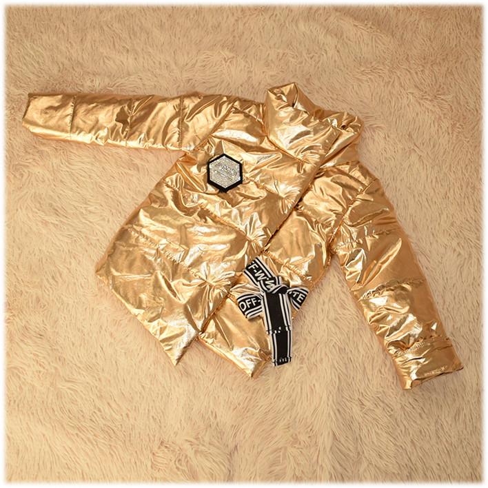 Куртка на девочку демисезонная золотистого цвета размер 104 116