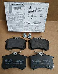 Колодки гальмівні задні (механічний ручник) Renault Megane 3 хетчбек (оригінал)