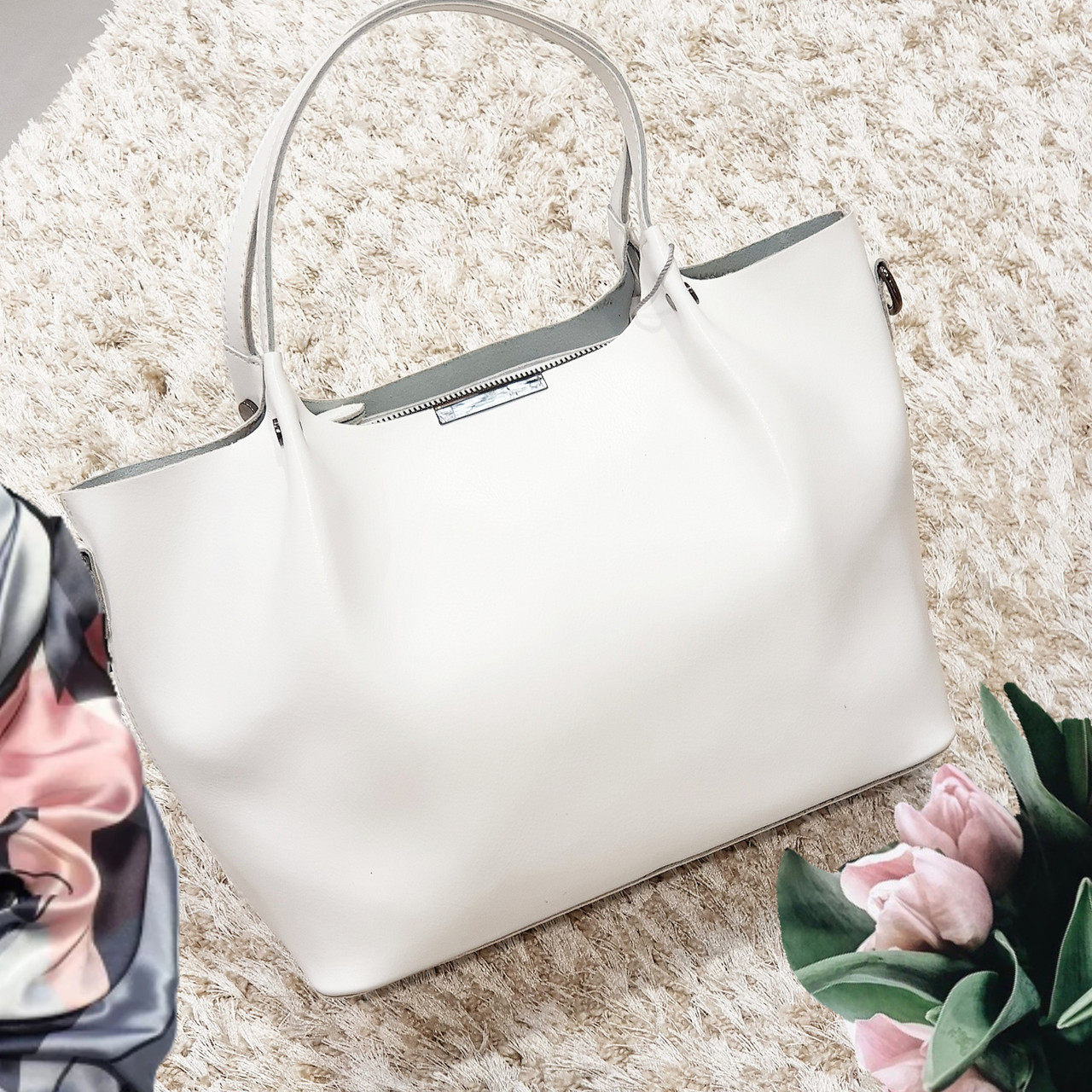 Жіноча сумка з натуральної шкіри біла