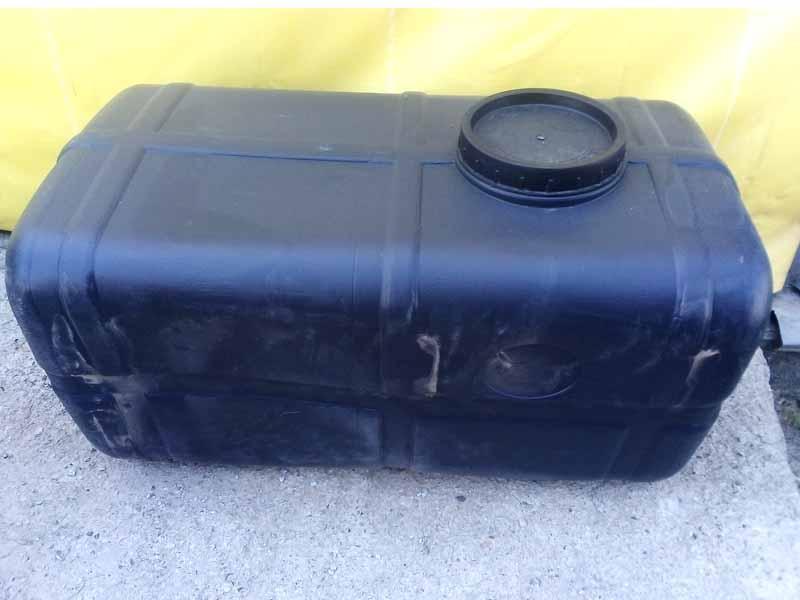 Бак пластиковый 200л прямоугольный (Пластбак)