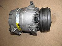 Б/у компрессор кондиционера renault trafic 2.5dci opel vivaro nissan primastar 101731600 / 7700105765 / 01- 06