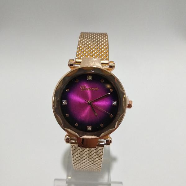 Кварцевые наручные часы Geneva цвета розовое золото с сиреневым циферблатом на
