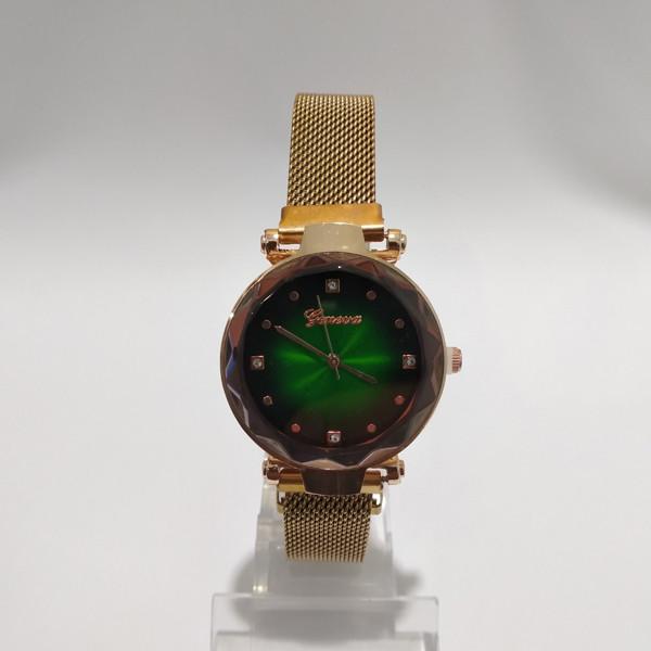 Часы на магнитной застежке,женские. Geneva Diamond на металлическом ремешке, зеленый циферблат, красное золото