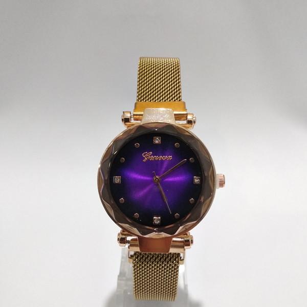 Часы на магнитной застежке,женские.Geneva Diamond на металлическом ремешке,фиолетовый циферблат,красное золото
