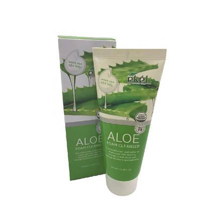 Пенка для умывания с алое Ekel Aloe Foam Cleanser, 100 мл, фото 2
