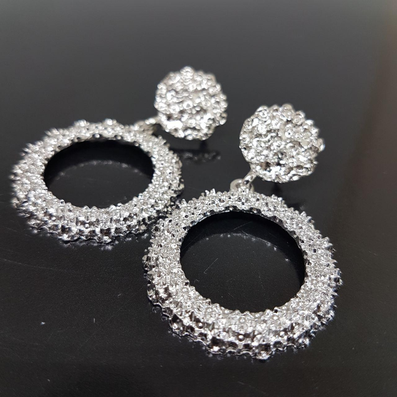 Серьги женские круглые в стиле Zara серебро (Vit-krug-silv)