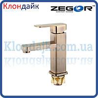 Смеситель для умывальника Zegor LEB1-A-KT WKB123 (бронза)