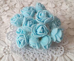 Розы лактесные с фатином голубые, голубые розы, рбукет латесных розочек, розы голубые фатин, букет 12 шт