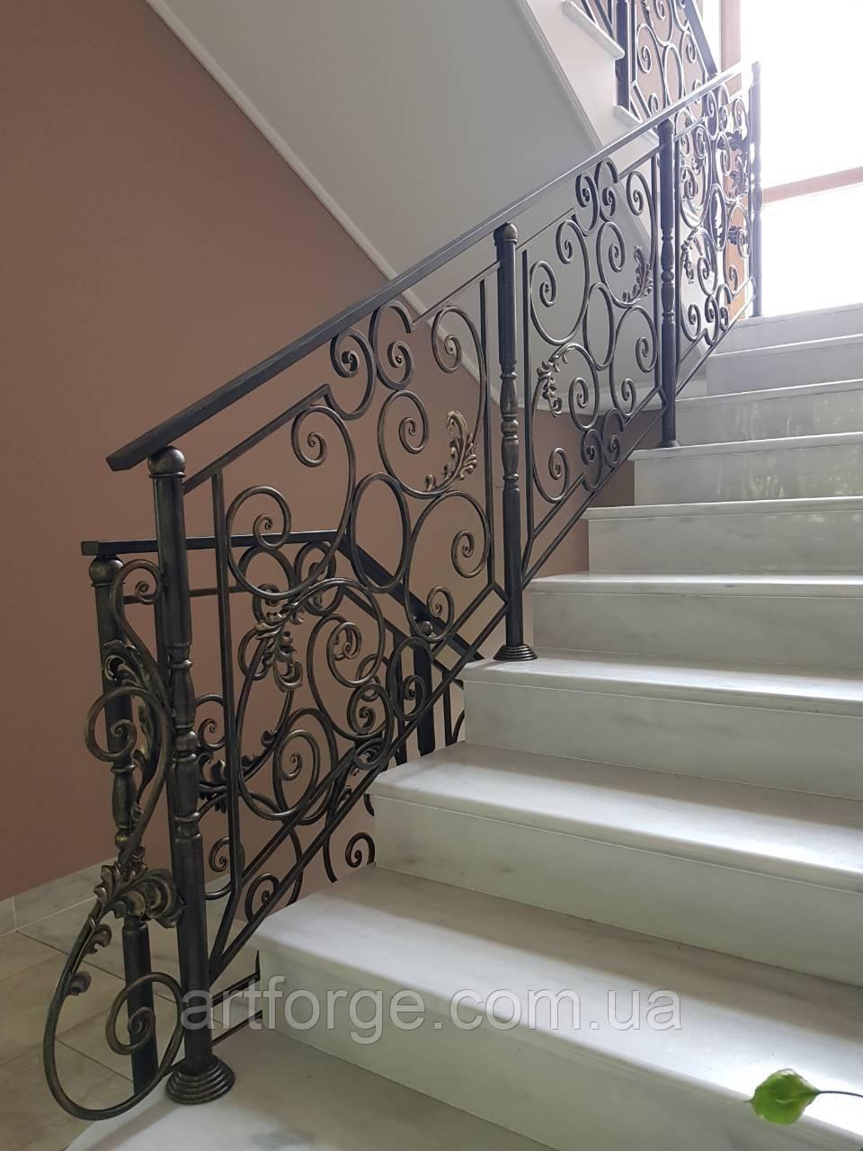 Кованые перила для лестницы, балкона, в классическом стиле.