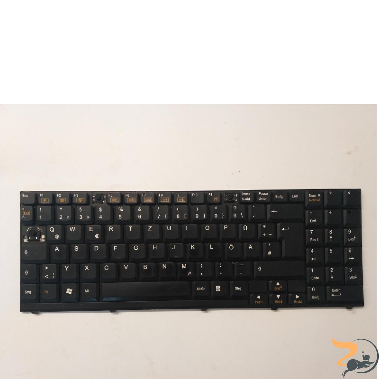 Клавіатура для ноутбука Clevo D900, D27, D470, M590, D70, в хорошому стані без пошкоджень, робоча клавіатура, відсутні клавіша (фото)