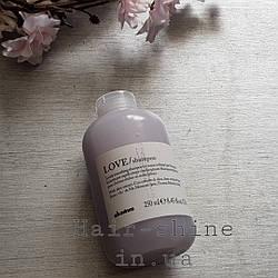 Разглаживающий шампунь  Davines Love Lovely Smoothing Shampoo 250 мл