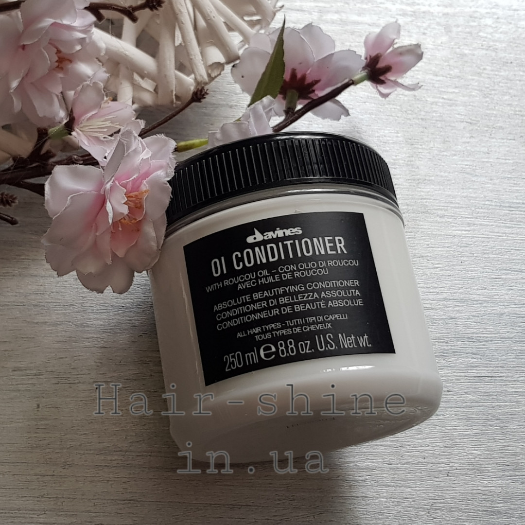 Кондиционер для абсолютной красоты волос Davines Oi Conditioner With Roucou Oil 250  мл