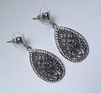 Вечерние cерьги в форме капли цвета черненного серебра